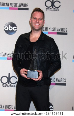 LOS ANGELES - NOV 24:  Matthew West at the 2013 American Music Awards Press Room at Nokia Theater on November 24, 2013 in Los Angeles, CA