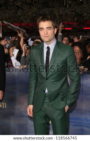 LOS ANGELES - NOV 12: Robert Pattinson at the premiere of 'The Twilight Saga: Breaking Dawn - Part 2' at Nokia Theater L.A. Live on November 12, 2012 in Los Angeles, California
