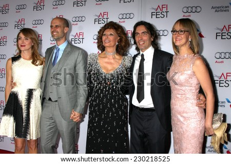 LOS ANGELES - NOV 12: S Alexander, Edoardo Ponti, Sophia Loren, Carlo Ponti, Andrea M Ponti at the Tribute to Sophia Loren at AFI Film Fest at the Dolby Theater on November 12, 2014 in Los Angeles, CA
