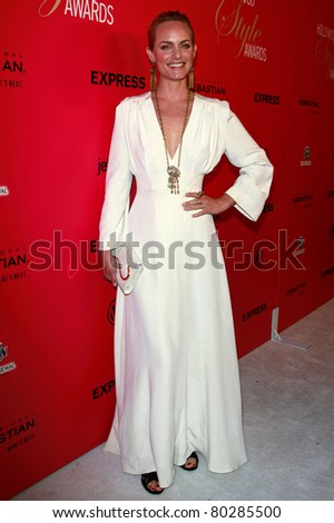 LOS ANGELES - OCT 11: Amber Valetta at Hollywood Life's 6th Annual Hollywood Style Awards at the Armand Hammer Museum in Los Angeles, California on October 11, 2009 - stock photo