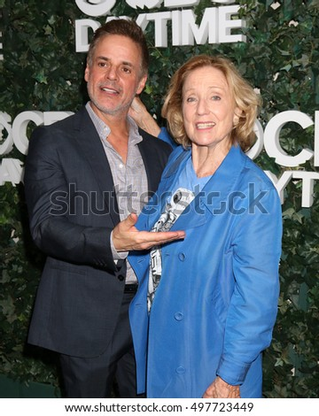 LOS ANGELES - OCT 10:  Christian LeBlanc, Elizabeth Hubbard at the CBS Daytime #1 for 30 Years Exhibit Reception at the Paley Center For Media on October 10, 2016 in Beverly Hills, CA