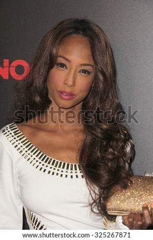 """LOS ANGELES - OCT 7:  Trina McGee at the """"Knock Knock"""" Los Angeles Premiere at the TCL Chinese 6 Theaters on October 7, 2015 in Los Angeles, CA - stock photo"""