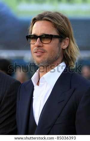 """LOS ANGELES - SEP 19:  Brad Pitt arrives at the """"Moneyball"""" World Premiere at Paramount Theater of the Arts on September 19, 2011 in Oakland, CA - stock photo"""