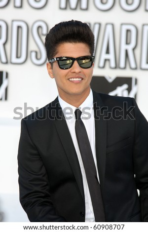 LOS ANGELES - SEP 12:  Bruno Mars arrives at the 2010 MTV Video Music Awards  at Nokia - LA Live on September 12, 2010 in Los Angeles, CA