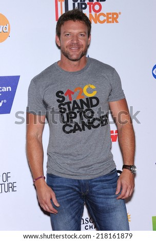 LOS ANGELES - SEP 05:  Matt Passmore arrives to the Stand Up To Cancer 2014  on September 05, 2014 in Hollywood, CA