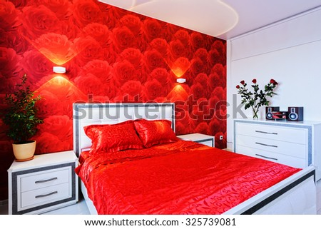 Lovely bedroom in red and white