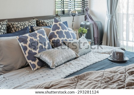 bedroom pillows. luxury bedroom with pillows on bed at home Luxury Bedroom Pillows On Bed Home Stock Photo 293281124
