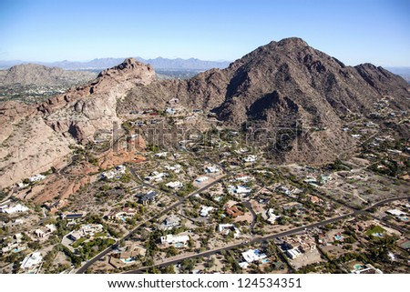 Luxury homes in the Camelback Mountain area of Phoenix, Arizona - stock photo