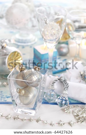 Luxury place setting in white  for Christmas or other event