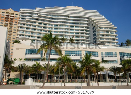 Luxury waterfront apartments in Ft Lauderdale, Florida - stock photo
