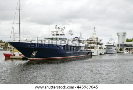 Luxury Yachts in Fort Lauderdale, Florida