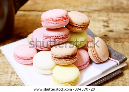 Macaroon on the wooden