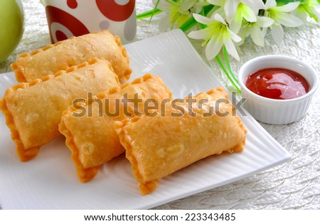 Macroni Samosa-3 - stock photo