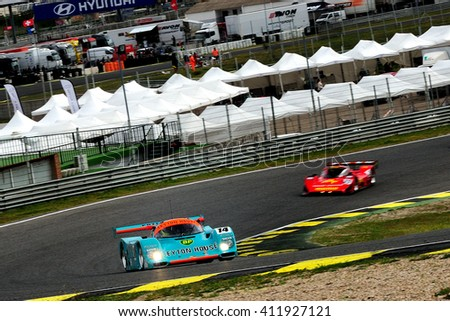 MADRID, SPAIN - APR 1 : Irish driver Tommy Dreelan and british driver Aaron Scott races in a Porsche 962 during the Jarama Classic, on Apr 1, 2016 in Madrid, Spain.
