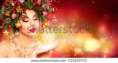 Magic Make Up - Model Woman With Christmas Tree Hairstyle