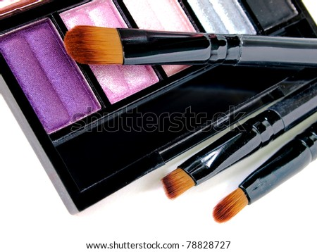 Make-up brush with colorful eyeshadows