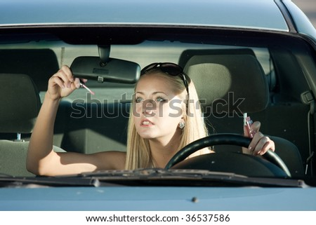 Make-up in the car
