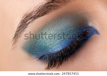 Makeup smoke eyes close up