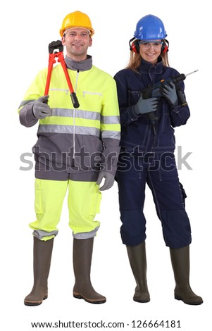 Man and woman with drill and pliers