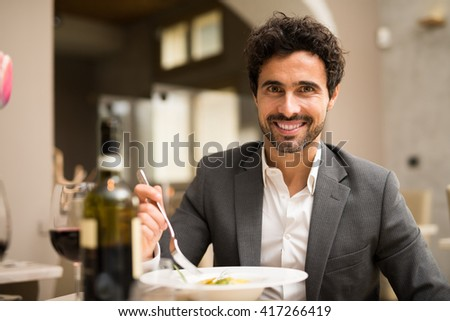 Man having lunch in a restaurant