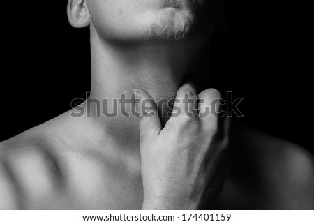 Sleeping with mouth open sore throat