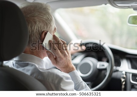 Man phoning while driving