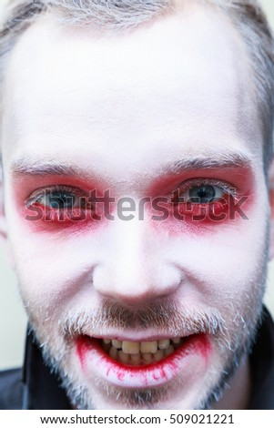 man vampire  make-up
