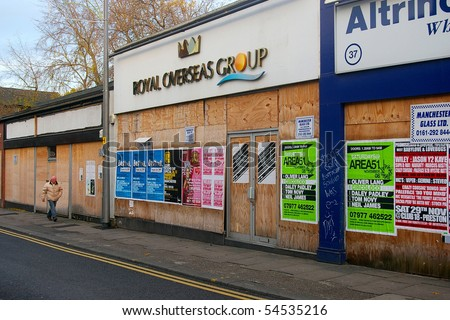 MANCHESTER, ENGLAND - NOVEMBER 12: High street shops out of business, November 12, 2009, Altrincham, Manchester. This is an affluent suburb of Manchester, but also hit by economic downturn.