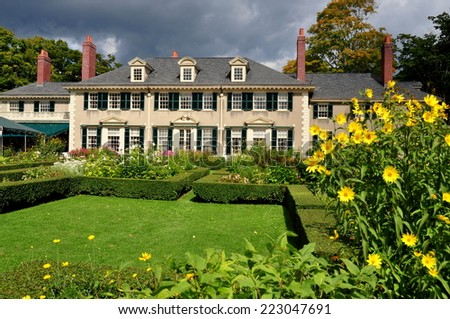 Manchester Village, Vermont - September 18, 2014:  East Front of Hildene, Robert Todd Lincoln's 1905 Georgian Revival Summer home and its formal gardens - stock photo