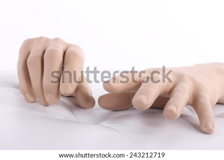 mannequin hands. dummy hand,  need help