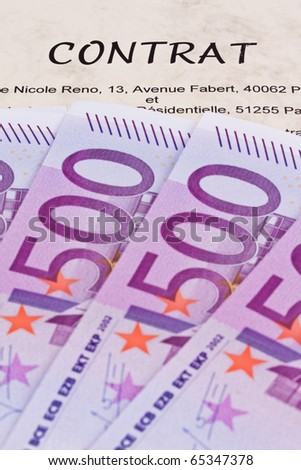 Many Euro notes and contract (French)