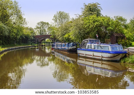 marina worcester and birmingham canal alvechurch worcestershire uk