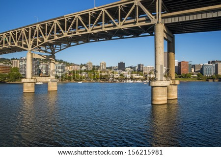 Marquam Bridge, Willamette River and Portland skyline, Portland, Oregon - stock photo