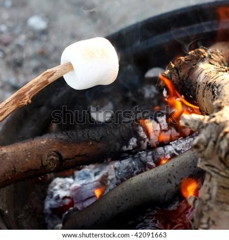 Marshmallow on the bbq - stock photo