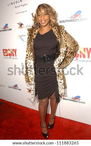"Mary J Blige at Ebony's Pre-Oscar Celebration ""Take 3"". Jim Henson Studios, Hollywood, CA. 02-22-07"