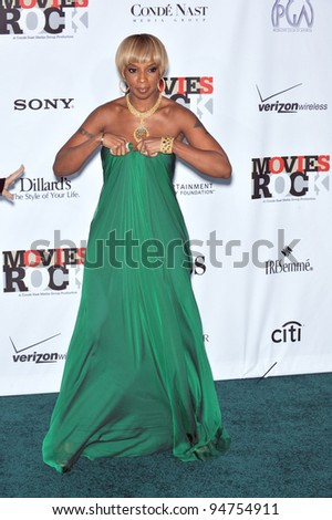 Mary J. Blige at Movies Rock: A Celebration of Music in Film at the Kodak Theatre, Hollywood. December 2, 2007  Los Angeles, CA Picture: Paul Smith / Featureflash - stock photo