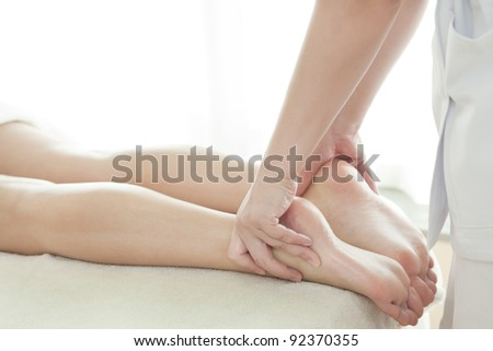 Massage of the foot