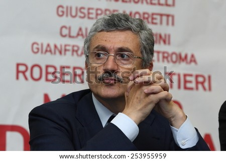 Massimo D'Alema in Cassino on 20/5/2009 meets Fiat workers