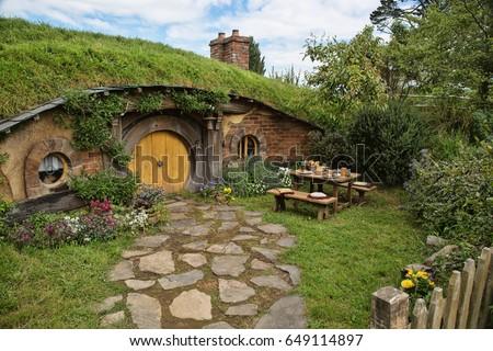 MATAMATA - New Zealand OCTOBER 31 2015; Hobbit door in Hobbiton Movie set. & MATAMATA New Zealand OCTOBER 31 2015 Stock Photo (100% Legal ...