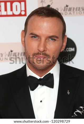 Matt Goss arriving at the The Amy Winehouse foundation ball held at the Dorchester hotel, London. 20/11/2012 Picture by: Henry Harris - stock photo