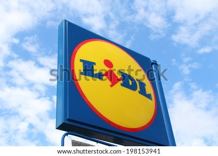 "MAY 25, 2014 - WARSAW: The logo of the brand ""Lidl"". Number of locations: 9800 stores in 28 countries in Europe. - stock photo"