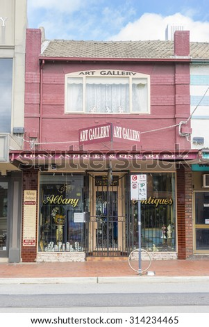 Melbourne, Australia - August 30, 2015: Antique and art gallery in Melbourne during daytime.