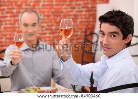 Men eating lunch in a restaurant