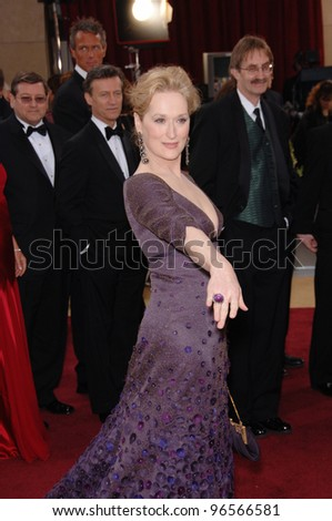 MERYL STREEP at the 78th Annual Academy Awards at the Kodak Theatre in Hollywood. March 5, 2006  Los Angeles, CA  2006 Paul Smith / Featureflash