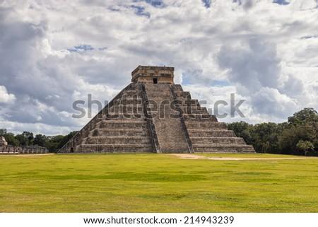 Mexico, Chichen Itza, Pyramid El Castillo - Temple of Kukulcan - stock photo