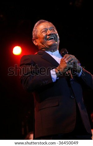 "MEXICO CITY - AUGUST 31: Composer Armando Manzanero and The Big Band Jazz of Mexico Performance of the new Album launch "" neither before or later"" at Mexico City., Mexico. August 31, 2009. - stock photo"