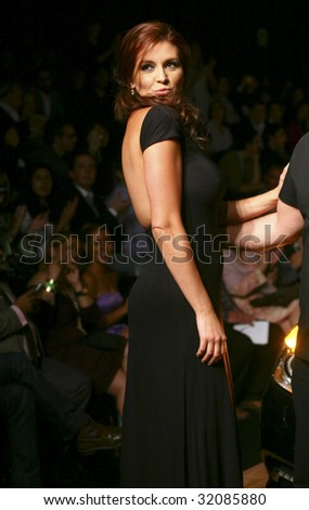 MEXICO CITY-MAY 18: Actress Alicia Machado (L) attends the David Salomon Autumn/Winter 2009 runway during Mercedes-Benz Fashion Mexico Autum/Winter 2009 May 18, 2009 in Mexico City.