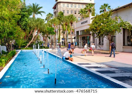 MIAMI BEACH, USA - AUGUST 6, 2016 : The Lincoln Road Shopping Mall, a popular destination for tourists and fashion lovers in Miami Beach