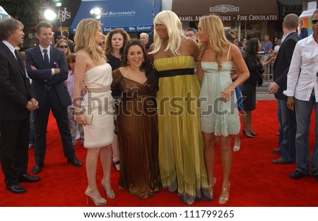 "Michelle Pfeiffer and Nikki Blonsky with Queen Latifah and Amanda Bynes at the Los Angeles premiere of ""Hairspray"". The Mann Village Theatre, Westwood, CA. 07-10-07"