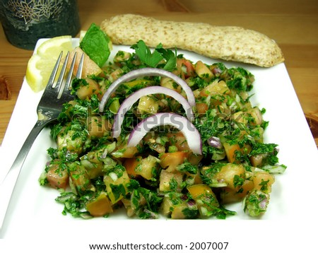 Middle-eastern wheat salad whit parsley